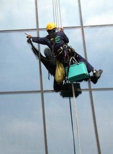 rope-access-facade-cleaning-perfect-protection-security-cleaning-dubai